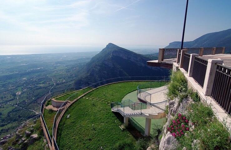 The town of Trentinara, Italy