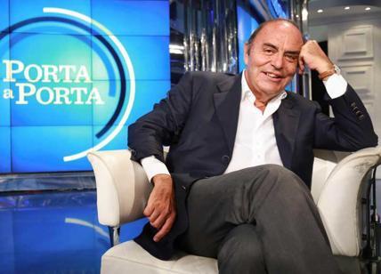 Vespa on the set of his political talk show, Porta a Porta