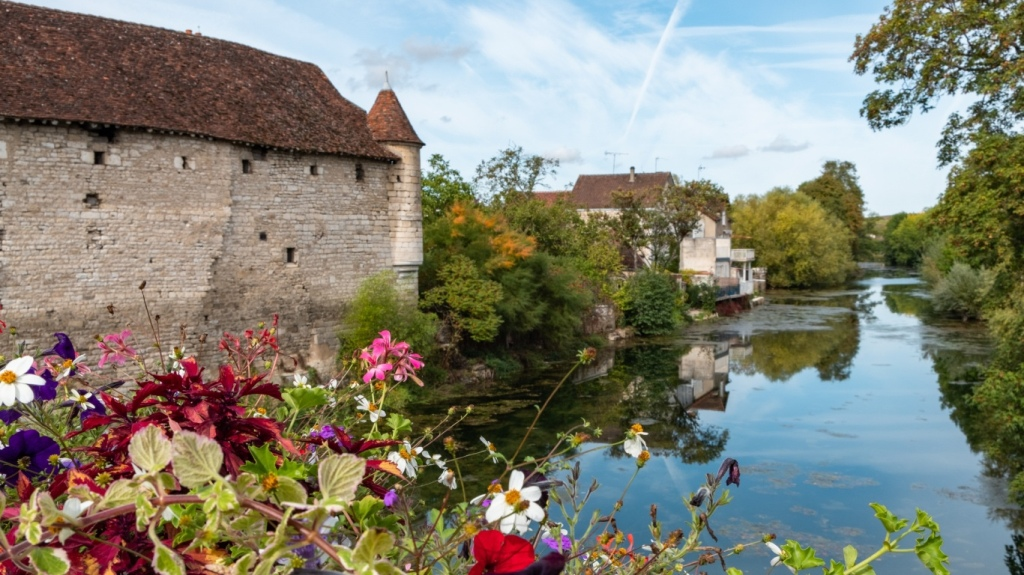 The village of Chablis in Burgundy, France
