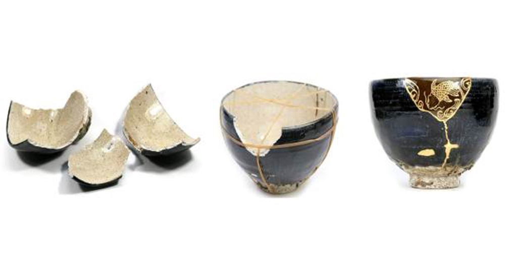 The Kintsugi tradition of mending broken objects with gold